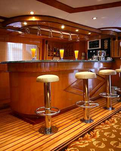 Lounge & Bar on M/Y Carlton Liveaboard Yacht in Sharm el Sheikh Egypt