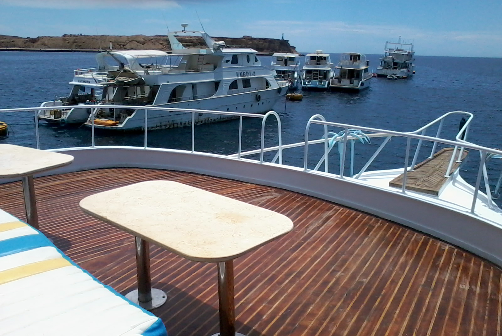 Twin Cabin on M/Y Donia Motor Yacht in Sharm el Sheikh Egypt