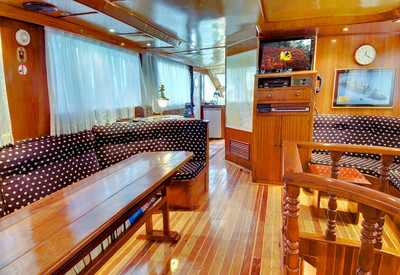 Interior Salon of King Snefro 6 Liveaboad Diving Motor Yacht in Sharm el Sheikh Egypt
